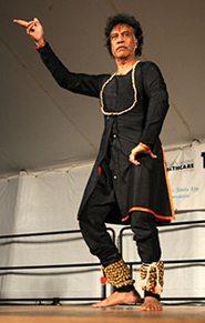Chitresh Das (courtesy of Wikipedia)