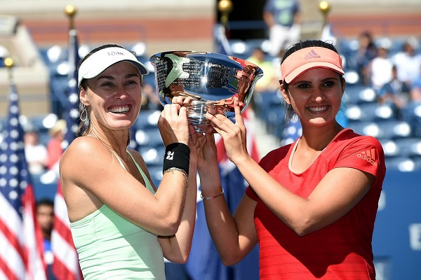 US Open 2015 double champion Sania Mirza and martina hingis Hd Images Pics Download