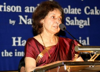 Nayantara Sahgal returns Sahitya Akademi Award to show disgust with Narendra Modi government