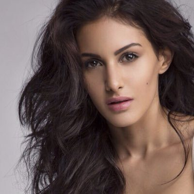 Amyra Dastur finishes 'Kung Fu Yoga' shoot in Iceland, cuts cake ...