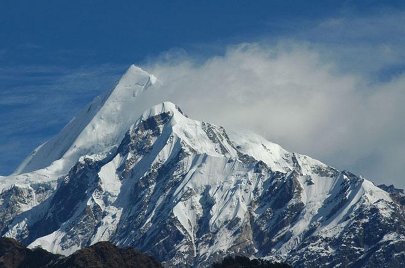 High Himalayas from Munsiary(Photo credit-Ram)