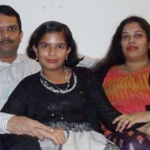 dr-vinod-and-family