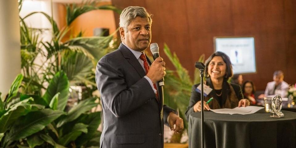 Sudhakar Kesavan speaking at the TiE DC gala. Photo credit: TiE DC