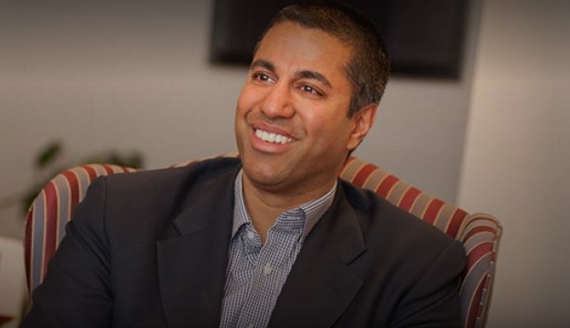 FCC chief Ajit Pai aims to keep ban on in-flight cellphone calls