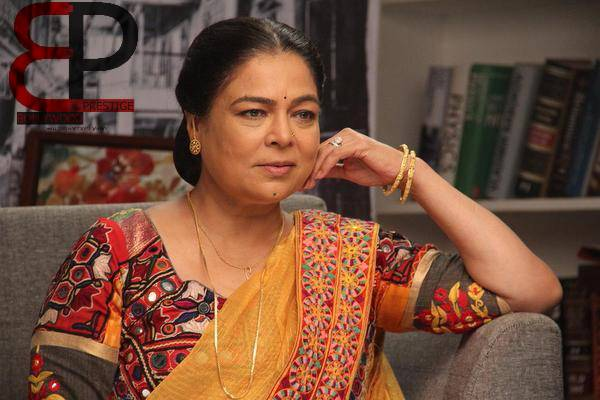 Actress Reema Lagoo Bollywoods Favourite Mom Dies At 59 The