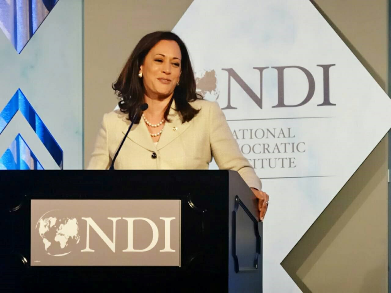 Kamala Harris: They told me, 'It's not your turn,' 'it's not right time,' and 'I did not listen'