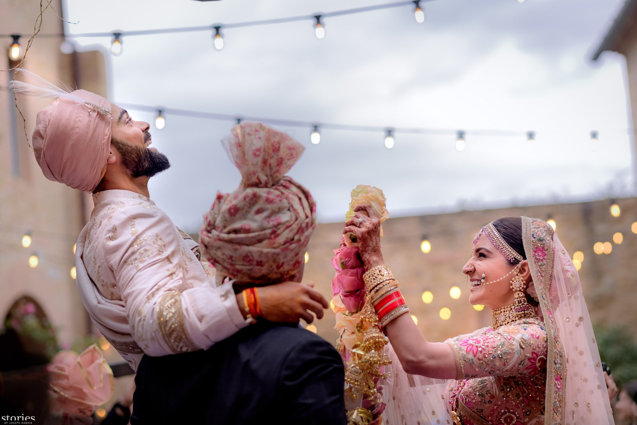 In Pictures Anushka Sharma And Virat Kohli Ties Knot In Italy