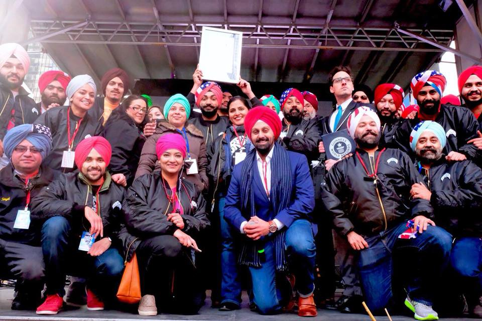 Sikhs of New York set Guinness World Record of tying 9000 turbans in 8 hours