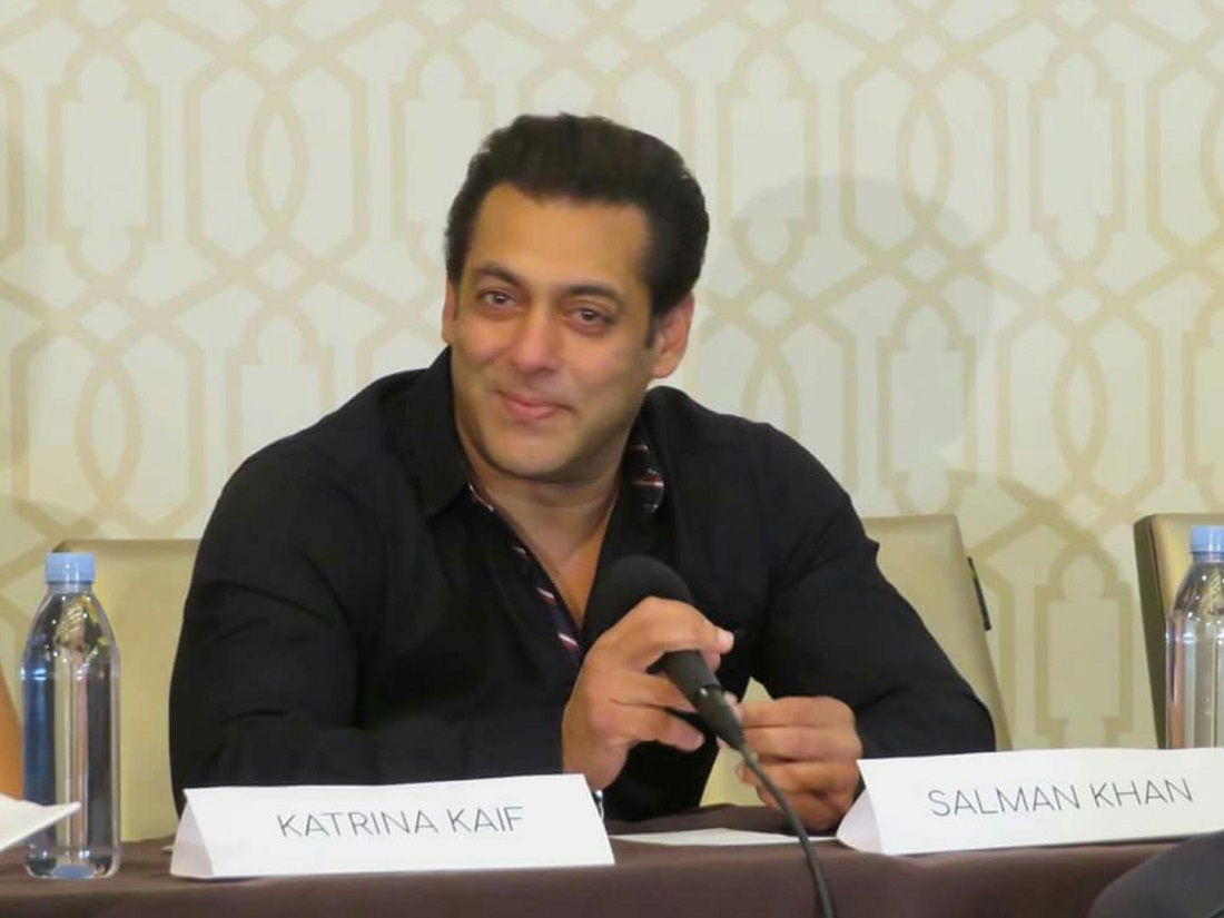 Indian actor Salman Khan addresses a press conference on the eve of his mega show, 'Dabangg Reloaded', in Washington, DC.