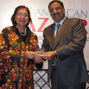 Mahinder receiving the award