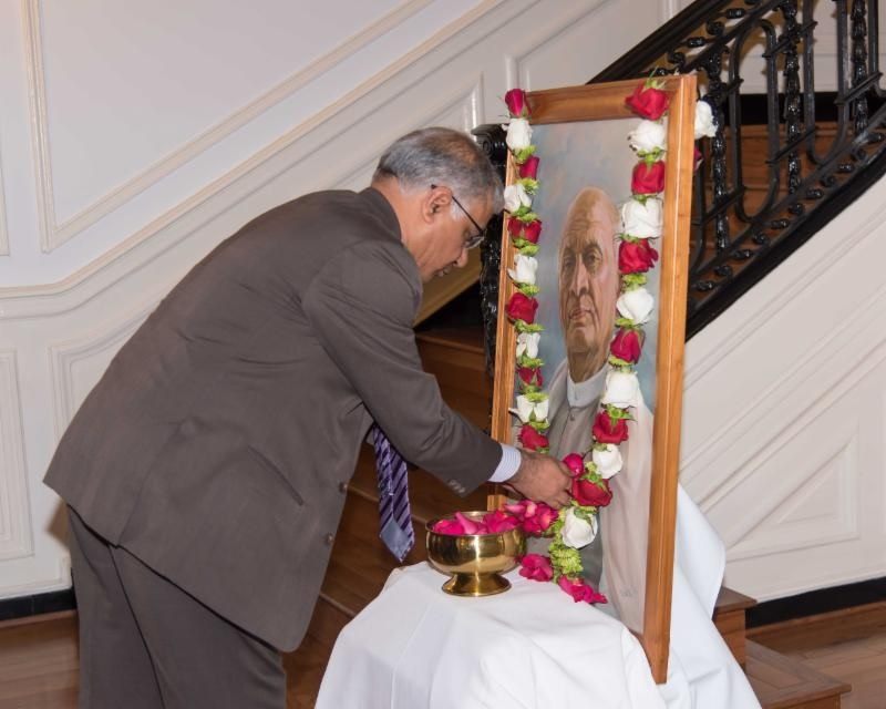 Deputy Chief of Mission, Mr. Santosh Jha paying floral tributes to Sardar Vallabhbhai Patel during the celebration of the 143rd Birth Anniversary of Sardar Vallabhbhai Patel at the Embassy of India on Friday, November 2, 2018.