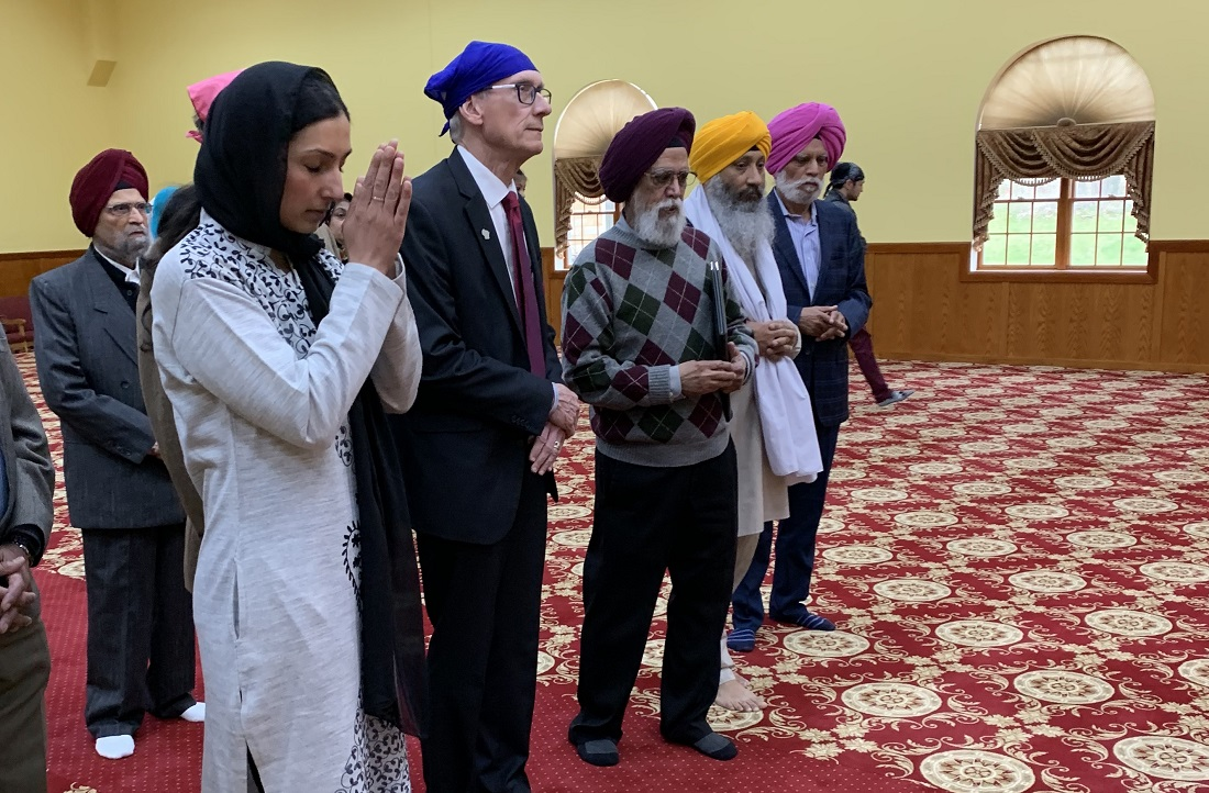 Gov. Tony Evers at Oak Creek, WI, gurudwara.