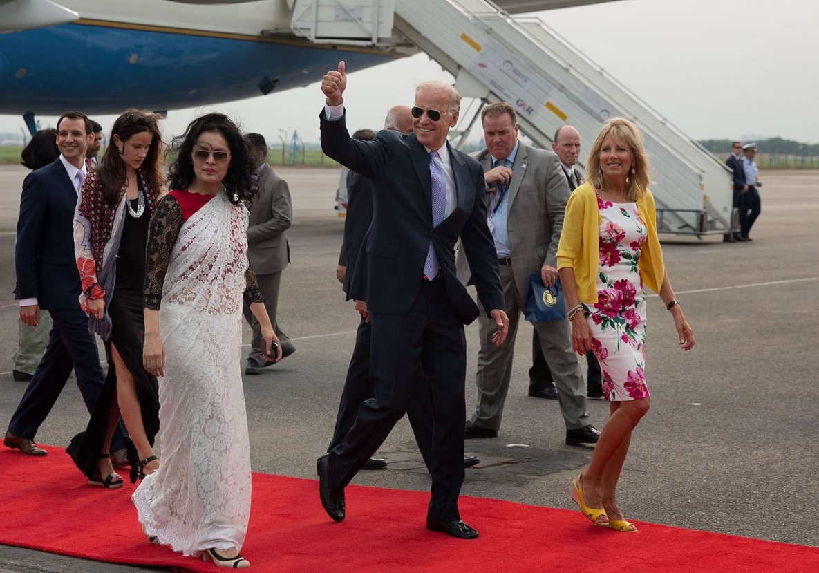 Joe Biden and Dr. Jill Biden arriving at Indira Gandhi International Airport, in New Delhi July 22, 2013. Photo credit: David Lienemann